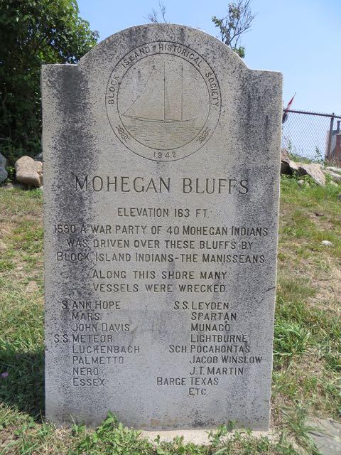 Mohegan Bluff History